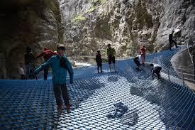 La Suisse Un Developpement Impressionant Projets Glacier Gorge Suisse