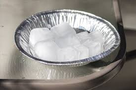 how to make smoked ice for one of a kind cocktails food hacks