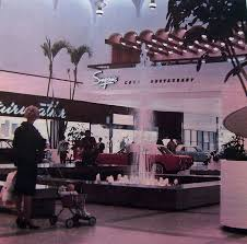 Bench Yorkdale 117 Best Shopping In Suburbia Images On Pinterest Vintage Stores
