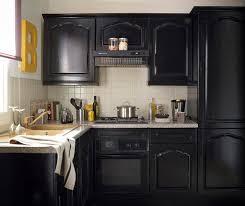 repeindre des meubles de cuisine rustique épinglé par zoe cniac sur paint it black cuisines
