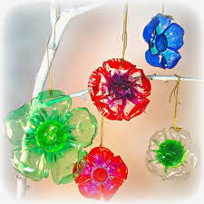 plastic soda bottle projects ornaments make flowers or sea