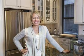 dylan dryer hairstyle dylan dreyer invites you to see the heart of her home today com