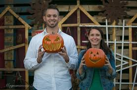 magnanimouspictures mike and jenn u0027s halloween engagement session