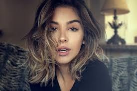 coupe cheveux tendance coupes de cheveux tendance pour les cheveux mi longs flair be