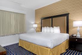 Palm Court Bedroom Furniture Downtown Davis Ca Hotel U2013 Best Western Palm Court