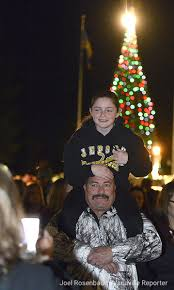 vacaville tree lighting 2017 29 11 2017 2017 merriment on main mng vacaville