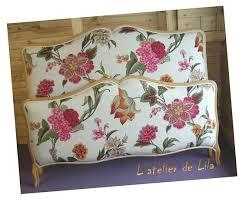 canapé anglais tissu fleuri canape anglais a fleurs maison design wiblia com