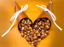 diy thanksgiving caramel popcorn treat favors jam