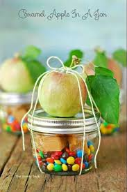 caramel apple party favors 51 christmas gift in a jar ideas caramel apples caramel and favors