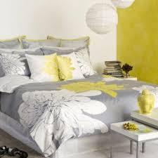 chambre gris et jaune chambre a coucher gris et jaune meilleur idées de conception de