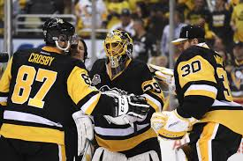 sidney crosby says he would to play goalie for the penguins