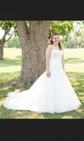 La Sposa Wedding Dresses La Sposa Detalle 450 Size 8 Used Wedding Dresses