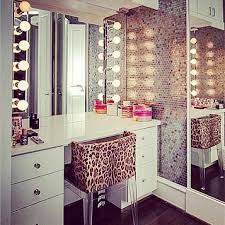 The Vanity Room Best 25 Make Up Stations Ideas On Pinterest Diy Beauty Station