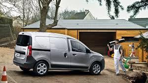 renault dokker interior car features list for renault dokker van 2018 1 6l standard m t