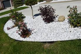 White Rock Garden Wonderful White Rocks For Landscaping Home Design Ideas