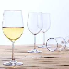 indoor outdoor chardonnay wine glasses set of 4 wine enthusiast