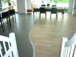 parquet salon carrelage cuisine parquet sur carrelage lovely parquet salon carrelage cuisine 5 tapis