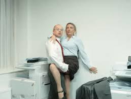 l amour dans le bureau amour au bureau 100 images bien réagir quand l amour s invite