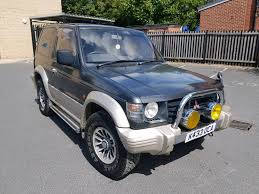 mitsubishi 2 door car mitsubishi pajero 2 5 td auto 2 door swb 4x4 not shogun lwb import