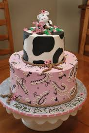Home Made Cake Decorations by Top 25 Best Cow Birthday Cake Ideas On Pinterest Cow Cakes