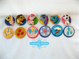 my pony cupcake toppers 14 best my pony images on biscuits my