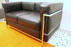le corbusier canape lc2 sofa by le corbusier for alivar 1989 for sale at pamono