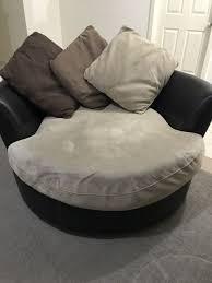 snuggle couch sofas gumtree australia hume area craigieburn