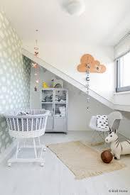 tapisserie chambre bebe la couleur mint dans la chambre bébé et accessoires déco mint
