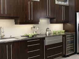cuisine armoire brune armoires de cuisine maison cuisine armoires