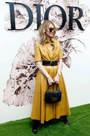 Wohnzimmerm El Um 1920 Die Besten 25 Retro Dior Ideen Auf Pinterest Christian Dior