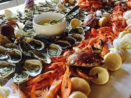 buffet pour cuisine le magnifique buffet de la mer mention spéciale pour les citrons