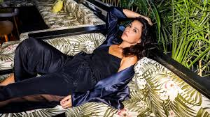 Song With Bedroom Eyes How Jessie Ware Accidentally Wrote A Song For Nicki Minaj Gq