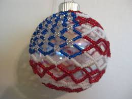 How To Make Christmas Ornaments Out Of Beads - 834 best christmas beaded ornaments images on pinterest beaded