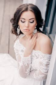 elegant makeup for girls with white wedding gowns wedding
