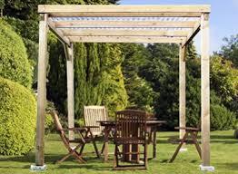 tonnelle de jardin en bois pergola tonnelle de jardin offrez vous un salon en plein air