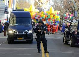 Thanksgiving Day Definition Nypd In Full Festive Force For Thanksgiving Day Parade Ny Daily News