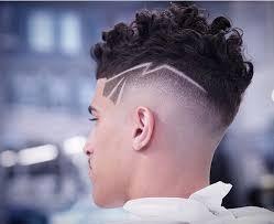 coupe de cheveux homme 15 coiffures pour cheveux bouclés coupe de cheveux homme