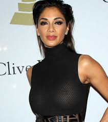 nicole s nicole scherzinger flashes nipples at pre grammy party daily star