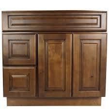 interior maple shaker style kitchen cabinets wellborn cabinets