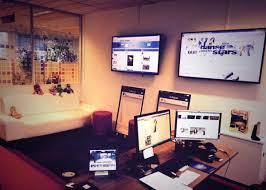 siege social tf1 top 20 des social war rooms qui font rêver les community managers