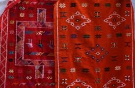 Rug Auctions Carpet Auctions In The Middle Atlas Mountains Plan It Morocco