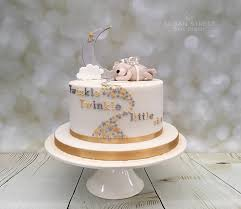 twinkle twinkle little star baby shower cake with moon stars
