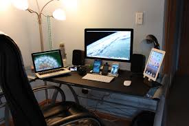 ultimate tech bedroom desk tour gaming setup desk setup 2013