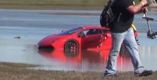2000 lamborghini gallardo 2000 hp lamborghini gallardo crashes into a lake autoevolution