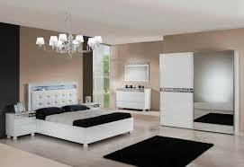 Queen Bedroom Set With Mirror Headboard Italian Furniture Bedroom Sets U003e Pierpointsprings Com