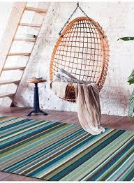 tapis couloir sur mesure tapis couloir kilim feel design bleu de la collection linie design