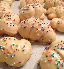 must make used to love these at christmas anise cookies http
