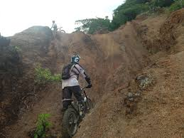 rent motocross bike beginner dirtbike rentals hawaii trials adventures 808 292 5669