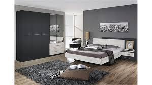 Schlafzimmer Farbe Manhattan Funvit Com Graues Sofa Welche Wandfarbe
