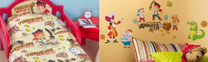 deco pirate chambre chambre jake le pirate du pays imaginaire déco jake le pirate